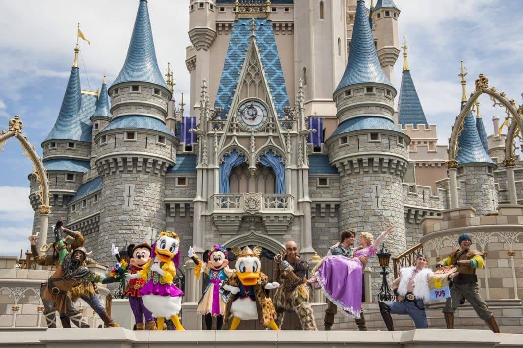 Walt Disney World characters posing