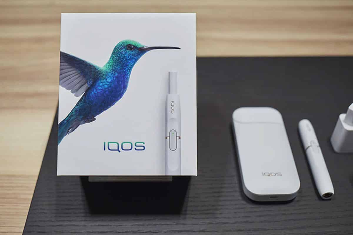IQOS next to box
